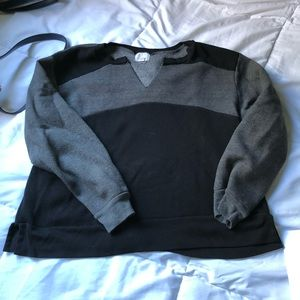 Tops - 🔵PST color block sweater